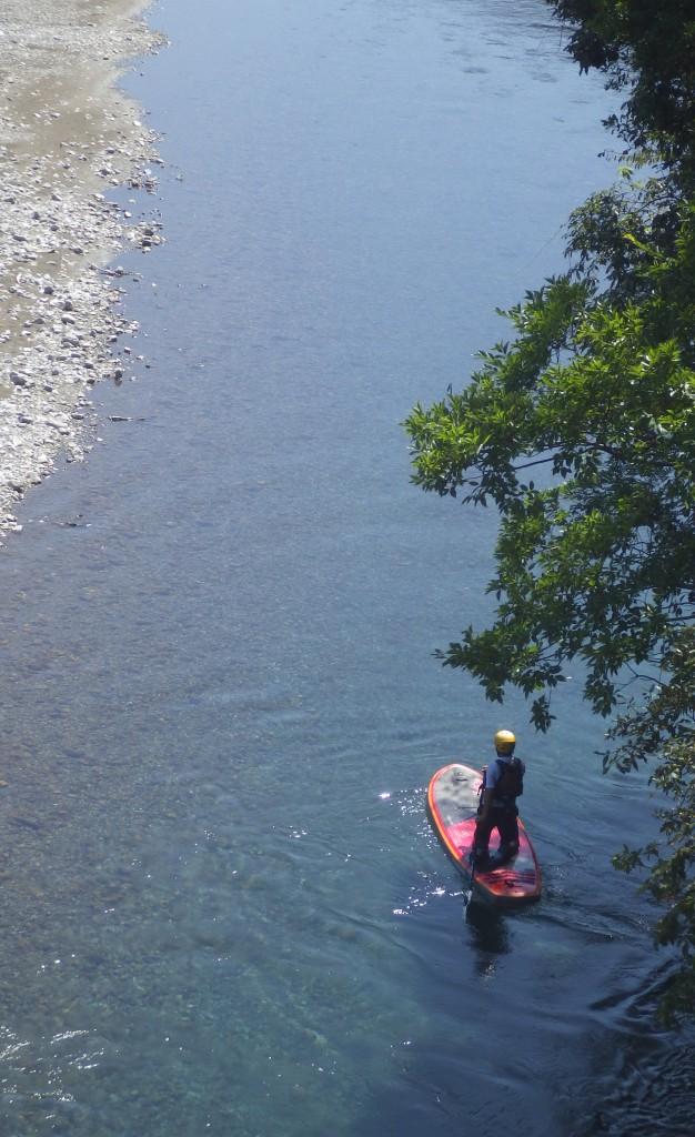 川底まで見渡せる透き通った川。徳島の大自然をとことん味わおう!1